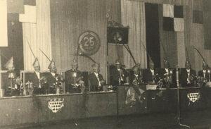 1952: Der Elferrat in den lila Fräcken